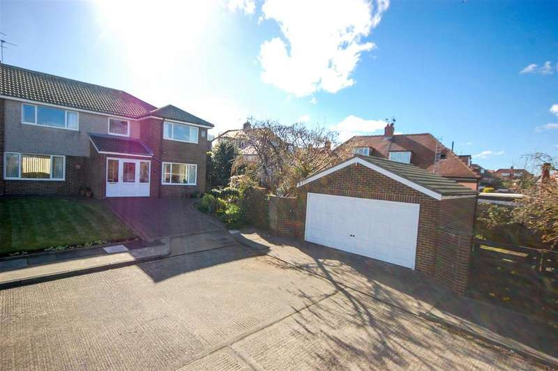 4 Bedrooms Semi Detached House for sale in Pinesway, Sunderland