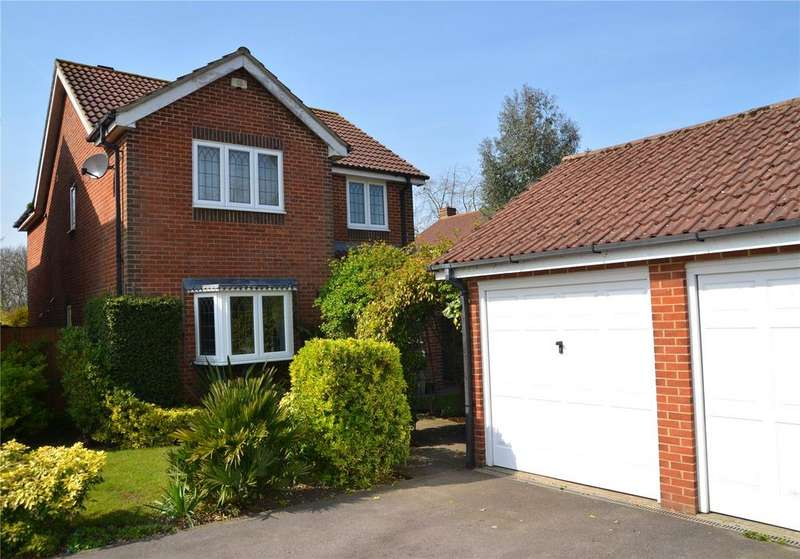 4 Bedrooms Detached House for sale in Ayrton Senna Road, Tilehurst, Reading, Berkshire, RG31