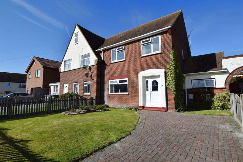 3 Bedrooms Semi Detached House for sale in Sussex Gardens, Herne Bay