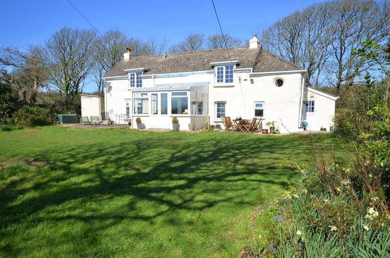 4 Bedrooms Detached House for sale in Rosehill, Goonhavern, Cornwall