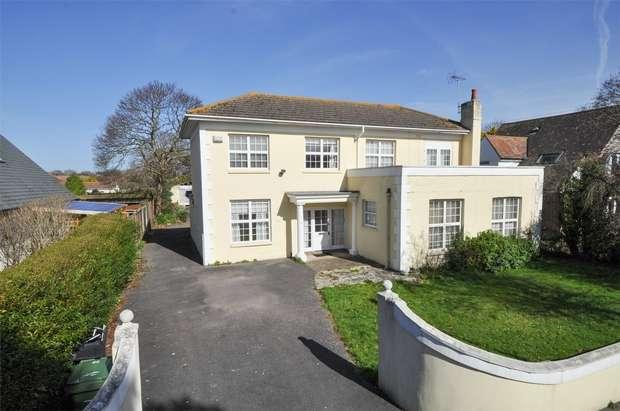 4 Bedrooms Detached House for sale in Branksea Avenue, POOLE, Dorset