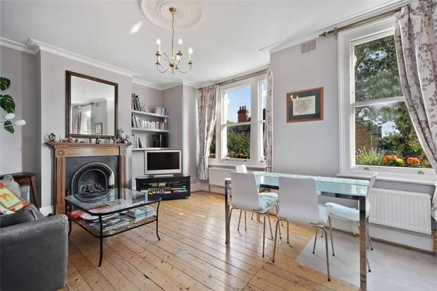 3 Bedrooms Flat for sale in Hereford Road, Acton