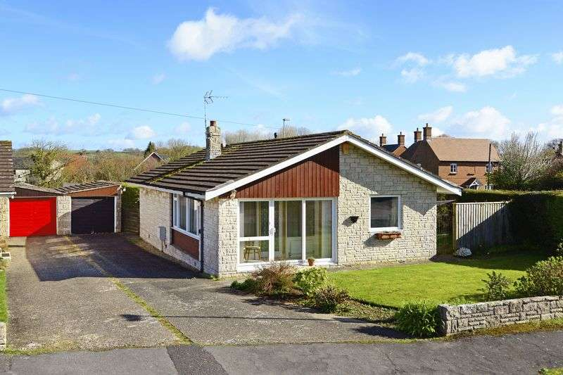 2 Bedrooms Detached Bungalow for sale in Thompson Close, Puddletown, DT2