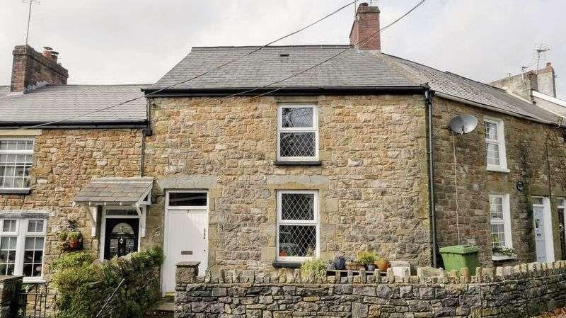 2 Bedrooms Cottage House for sale in 7 Hensol Road, Miskin, Pontyclun, CF72 8JT