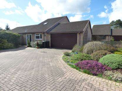 4 Bedrooms Bungalow for sale in St. Leonards, Ringwood, Dorset