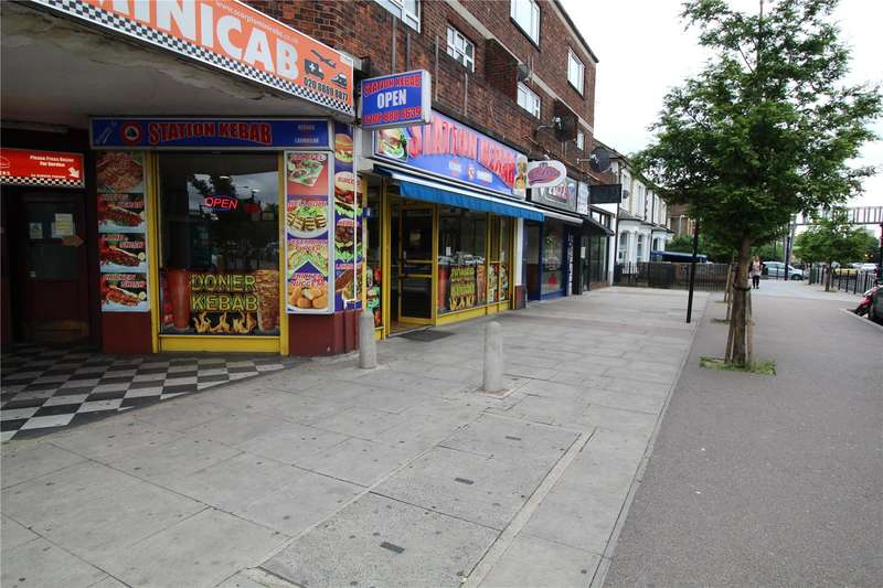 Restaurant Commercial for sale in Queens Parade, Brownlow Road, London, N11