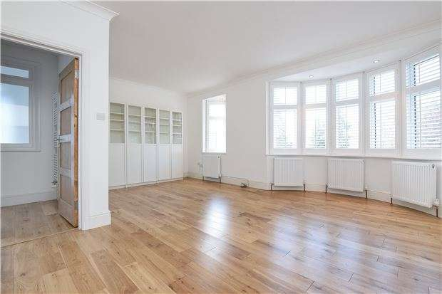 4 Bedrooms Semi Detached House for sale in Springwell Road, London, SW16 2QU