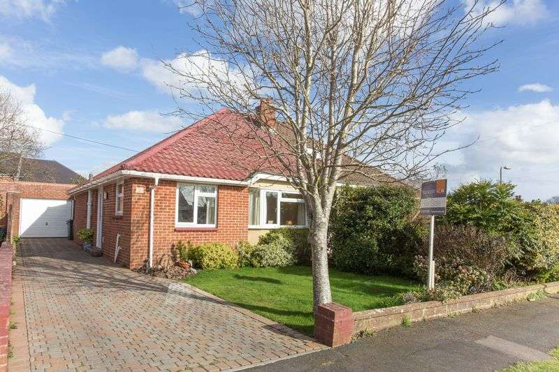 2 Bedrooms Semi Detached Bungalow for sale in Wraysbury Park Drive, Emsworth
