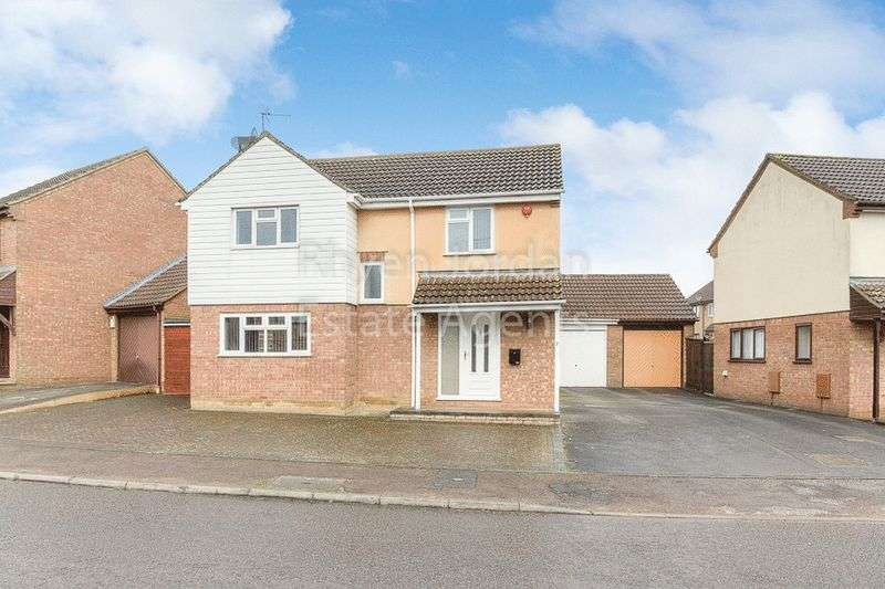 4 Bedrooms Detached House for sale in Trafalgar Avenue, Barleyhurst, Milton Keynes