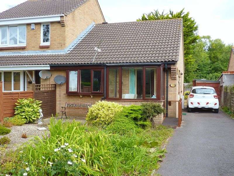 2 Bedrooms Semi Detached Bungalow for sale in Tutton Way, Clevedon