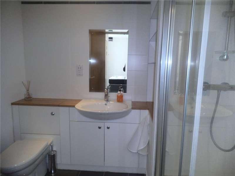 2 Bedrooms Flat for rent in Glasgow Harbour Terraces, Glasgow Harbour, Glasgow