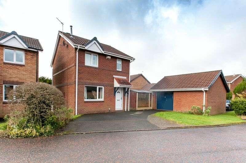 3 Bedrooms Detached House for sale in Epsom Croft, Anderton, PR6 9LL