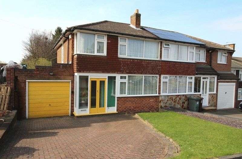 3 Bedrooms Semi Detached House for sale in Lapper Avenue, Wolverhampton