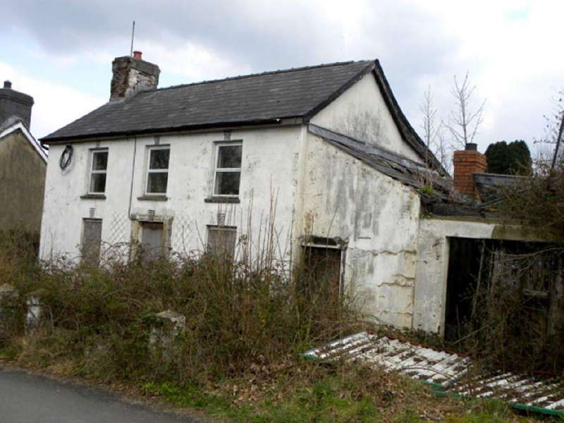 House for sale in Llanybydder, Carmarthenshire