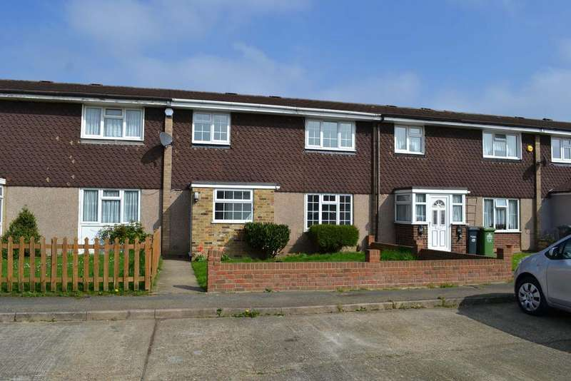 3 Bedrooms Terraced House for sale in Macers Lane, Broxbourne EN10