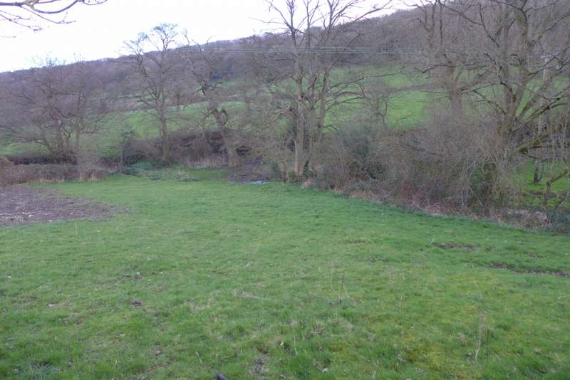 Land Commercial for sale in Adjacent to Sharp Lane, Almondbury, Huddersfield, HD4