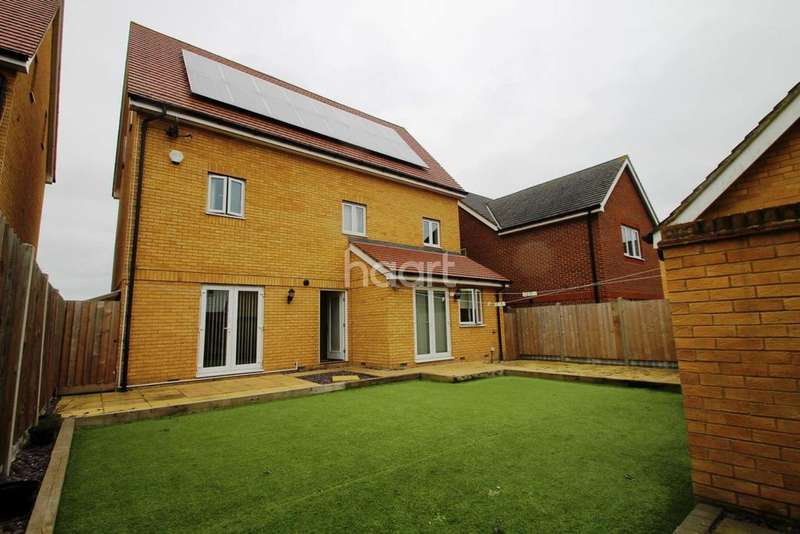 5 Bedrooms Detached House for sale in David Henderson Avenue, Repton Park, Ashford, TN23