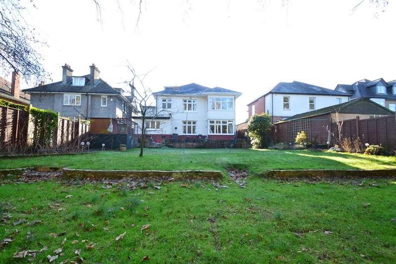 6 Bedrooms Detached House for sale in Queens Park