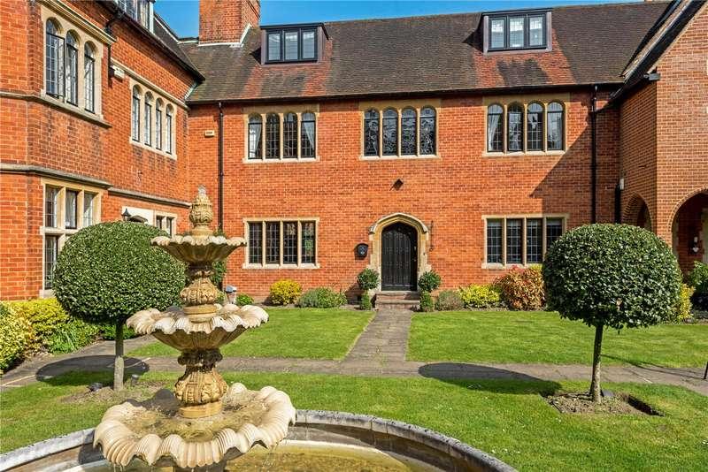 5 Bedrooms Terraced House for sale in Oldfield Wood, Woking, Surrey, GU22