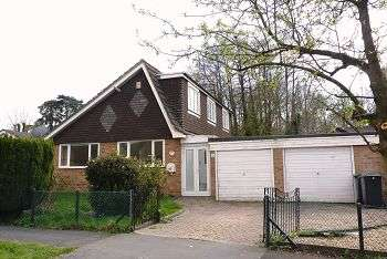 3 Bedrooms Chalet House for sale in Timberlane, Purbrook, Hampshire, PO7 5PH
