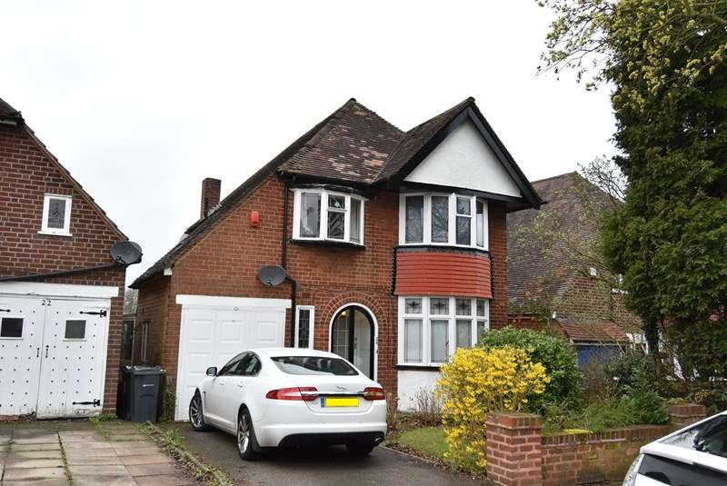 3 Bedrooms Detached House for sale in The Hurst, Moseley