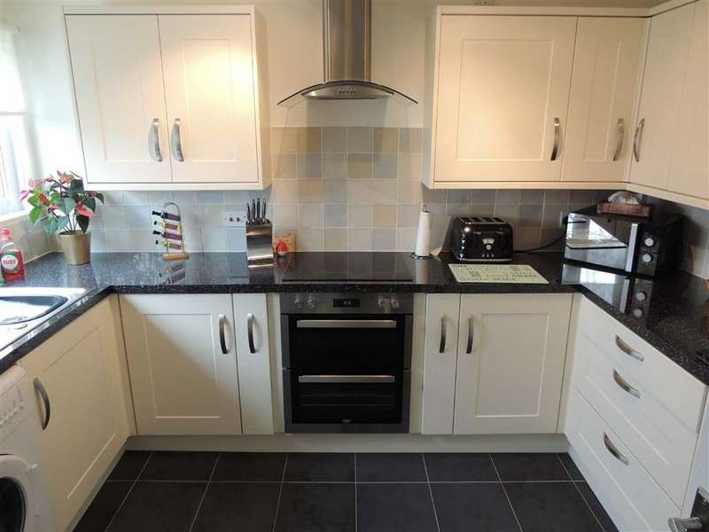 3 Bedrooms Property for sale in Ashway Clough, Offerton, Stockport