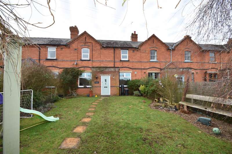 4 Bedrooms Property for sale in Broomhall Cottages, Broomhall, Worcester