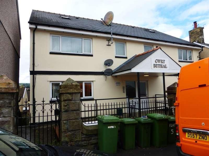 2 Bedrooms Flat for sale in William Street, Pontypridd