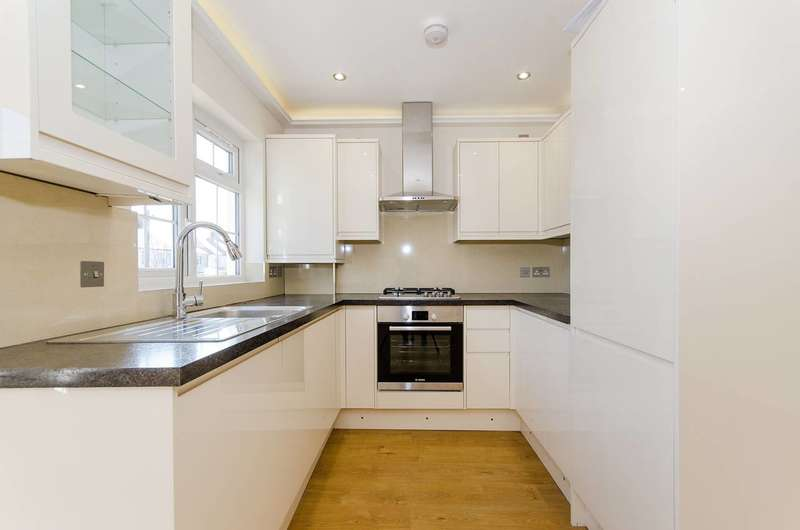 2 Bedrooms Flat for sale in Canterbury Road, Harrow, HA1