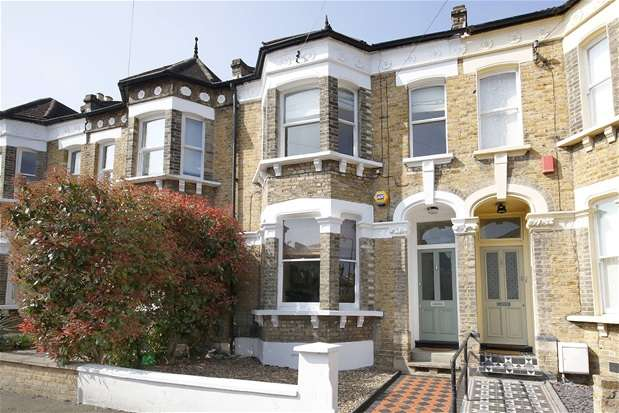 3 Bedrooms Semi Detached House for sale in Byne Road, Sydenham