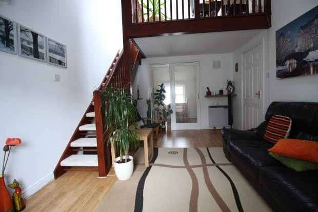 2 Bedrooms Apartment Flat for sale in Websters Yard, Kendal, Cumbria, LA9 4HA