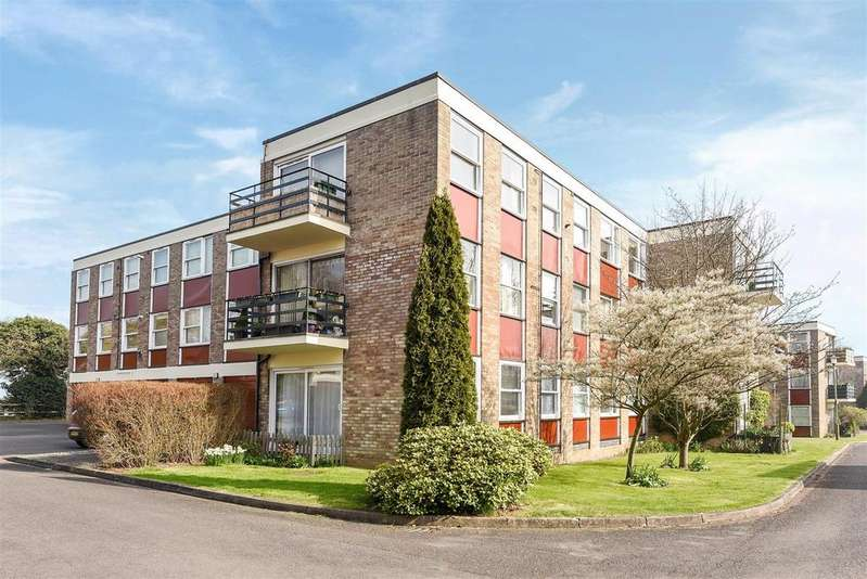 3 Bedrooms Apartment Flat for sale in Park Close, North Oxford