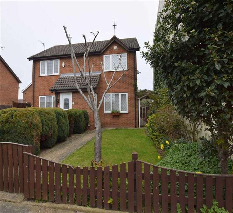 2 Bedrooms Semi Detached House for sale in Harold Street, Grimsby, North East Lincolnshire