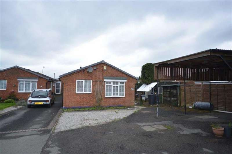 2 Bedrooms Detached Bungalow for sale in Bruce Road, Exhall