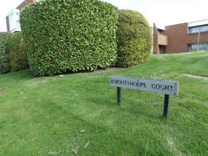 1 Bedroom Flat for sale in Knightthorpe Court, Burns Road, Loughborough, Leicestershire