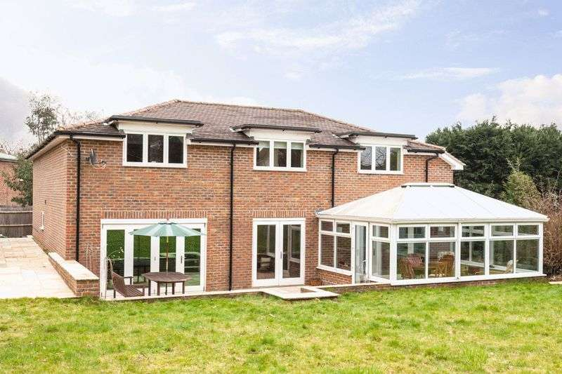 5 Bedrooms Detached House for sale in Yardley Park Road, Tonbridge