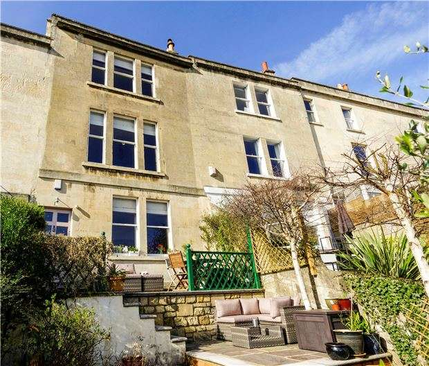 4 Bedrooms Terraced House for sale in Upper Camden Place, BATH, Somerset, BA1
