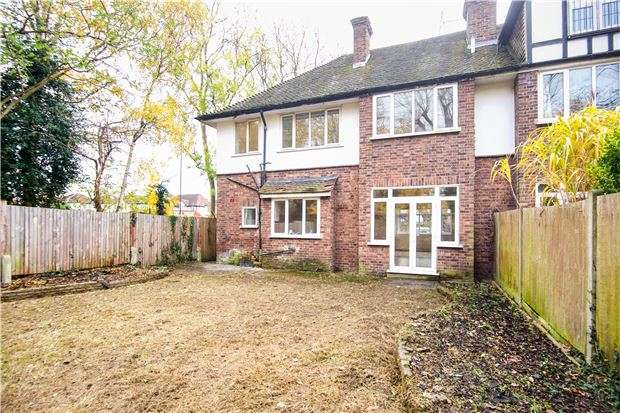 4 Bedrooms Detached House for sale in Roehampton Vale, Putney, LONDON, SW15