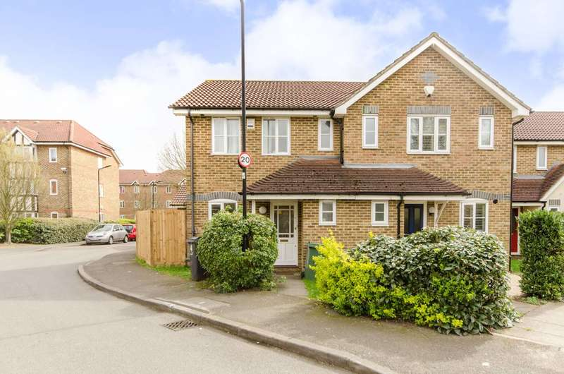 3 Bedrooms House for sale in Woodgate Drive, Streatham Common, Streatham Common, SW16
