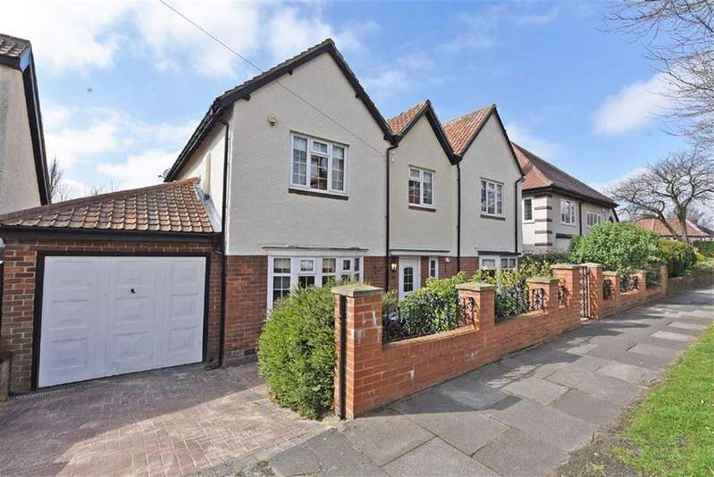 5 Bedrooms Detached House for sale in Low Fell