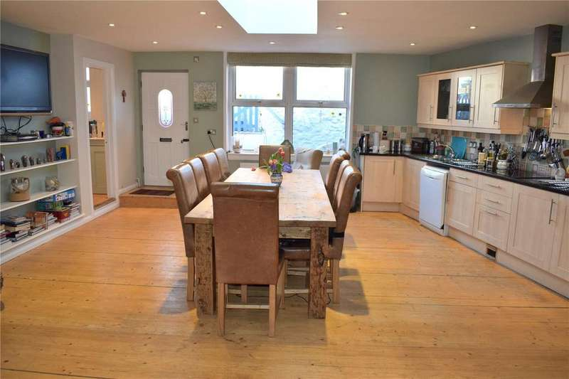 5 Bedrooms Terraced House for sale in The Street, Charmouth, Bridport, Dorset