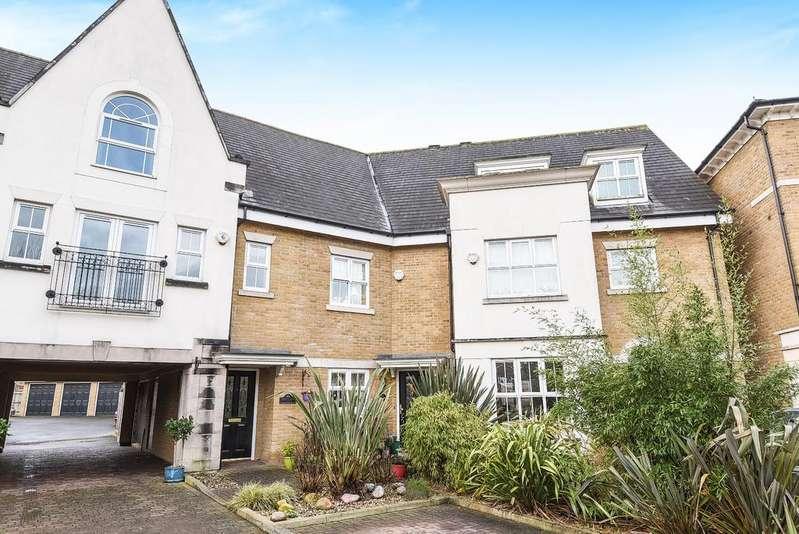 4 Bedrooms Terraced House for sale in Whitstone Lane Beckenham BR3