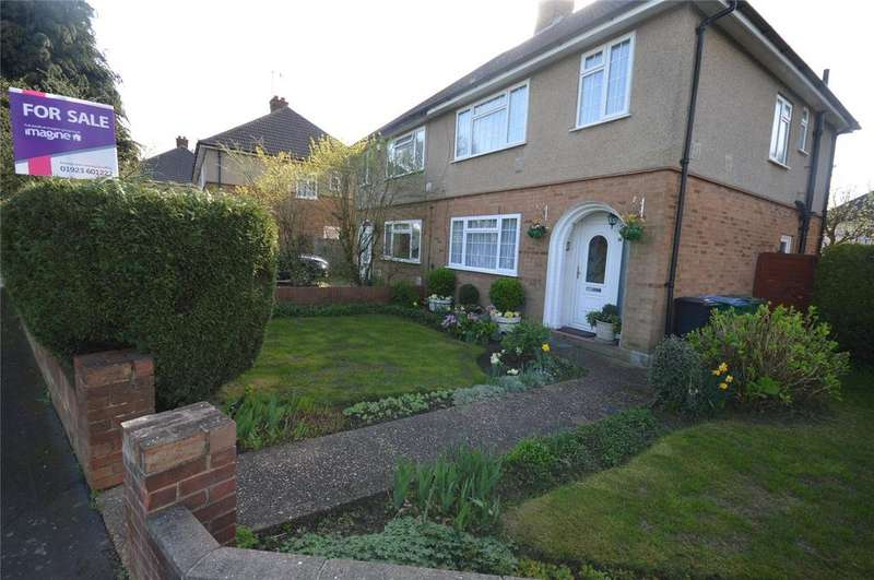 3 Bedrooms Semi Detached House for sale in Ashfields, Watford, Hertfordshire, WD25