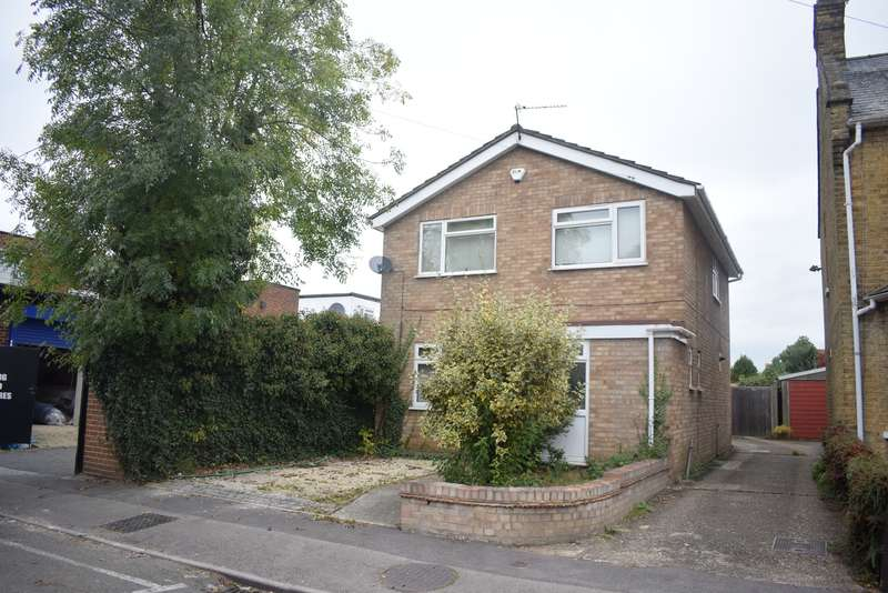 3 Bedrooms Detached House for sale in Langley, Slough
