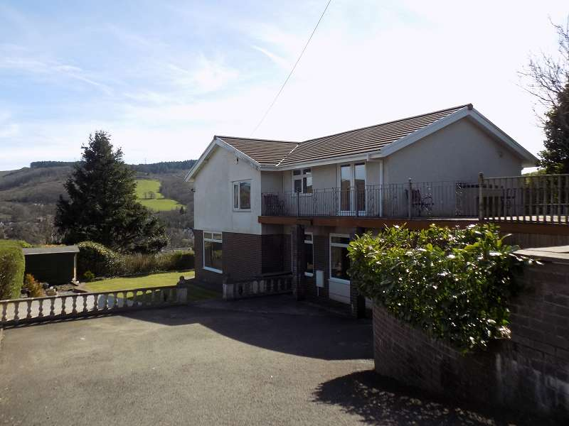 4 Bedrooms Detached House for sale in Brynheulog , Cwmavon, Port Talbot, Neath Port Talbot. SA12 9LA