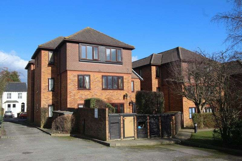 2 Bedrooms Flat for sale in Earlswood Road, Earlswood