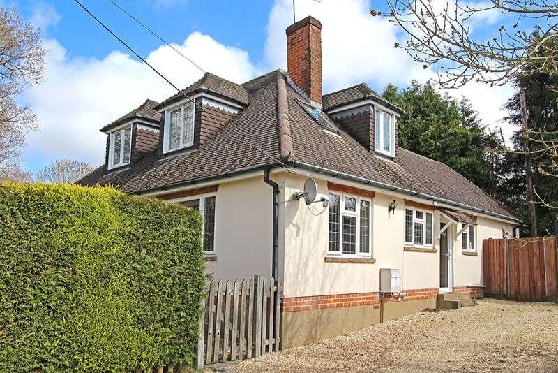 4 Bedrooms Chalet House for sale in Partridge Road, Brockenhurst
