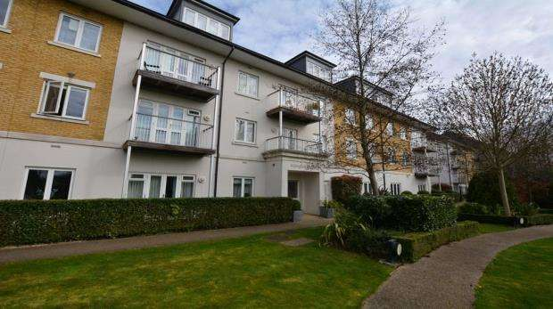 2 Bedrooms Apartment Flat for sale in Arlington House, 1 Park Lodge Avenue, West Drayton