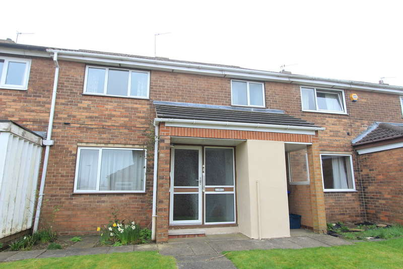 3 Bedrooms Terraced House for sale in Ironside Close