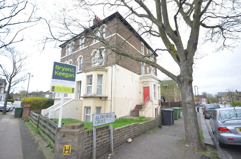 Flat for sale in Mount Pleasant Road, Hither Green, SE13